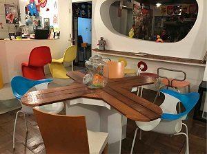 空想カフェの店内