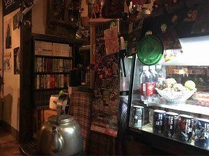 ガンダム食堂タムラの店内は手作り感満載