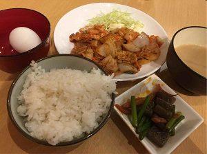 定食酒場食堂の豚キムチ定食