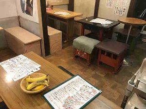 定食酒場食堂新店舗は座席の椅子も手作り感満載