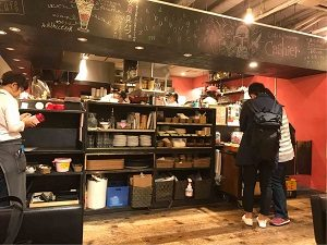 文房具カフェのカウンター