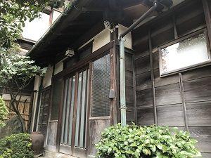 古桑庵の建物は玄関みたいなものも